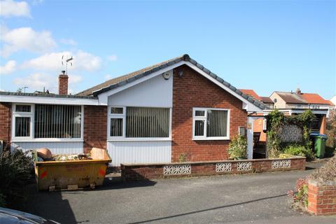 3 bedroom detached bungalow for sale - Bod Llewelyn, Rhyl