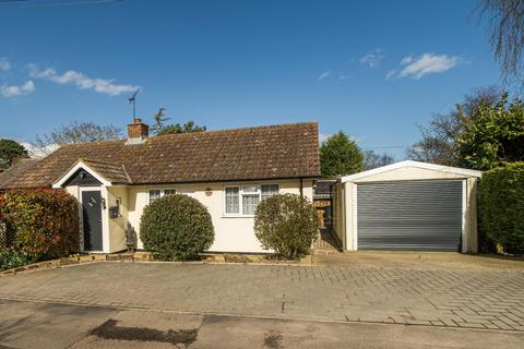 2 bedroom detached bungalow for sale - Brewery Square, West Stourmouth, Canterbury