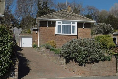 3 bedroom bungalow to rent - Collinswood Drive, St Leonards On Sea, East Sussex, TN38 0NX