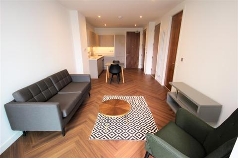 1 bedroom apartment to rent - Blue Media City M50