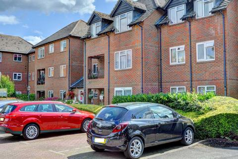 1 bedroom apartment to rent - Marlow