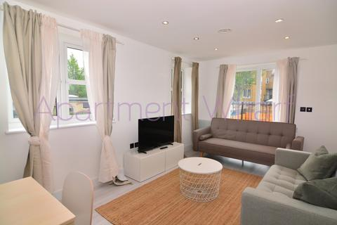 2 bedroom flat to rent - bedroom   B  lower road    (Canada Water), London, SE8