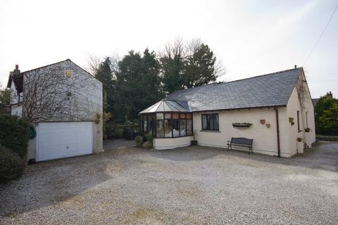 3 bedroom detached bungalow for sale - Burton Road, Holme, Carnforth