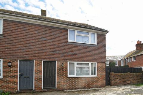 2 bedroom semi-detached house to rent - Wish Street