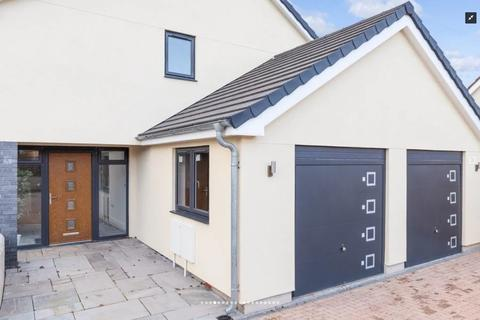 4 bedroom detached house to rent - Golvers Hill Road, Kingsteignton