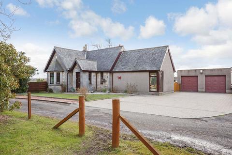 3 bedroom detached bungalow for sale - East Lodge, Inzievar Estate, Oakley, KY12 8HB
