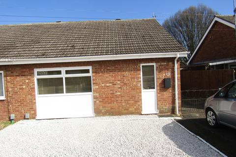 2 bedroom bungalow for sale - Otago Road, Whittlesey, PE7