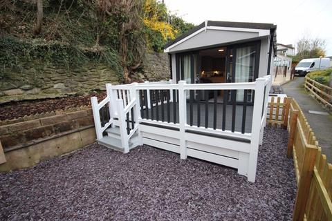 1 bedroom detached bungalow for sale - Hendre Road, Conwy