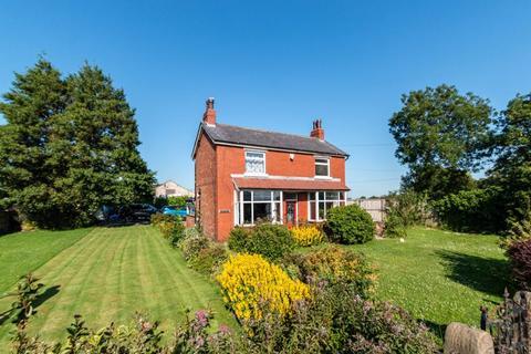 3 bedroom detached house for sale - Liverpool Road, Tarleton, PR4 6HN