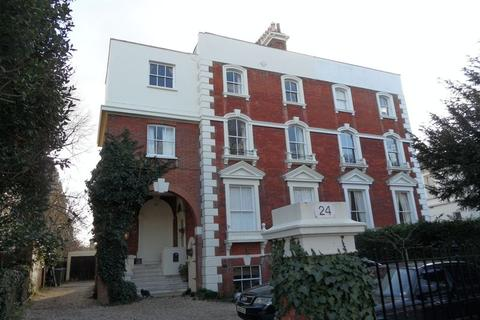 2 bedroom apartment to rent - Palace Road, East Molesey
