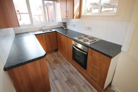 2 bedroom flat to rent - Browning Circle, Sunnyhill, Derby