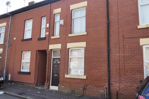 3 bedroom terraced house to rent - Williams Street, Gorton, Manchester