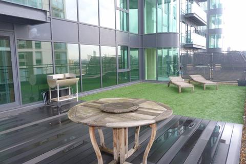 2 bedroom flat to rent - Millharbour,South Quay