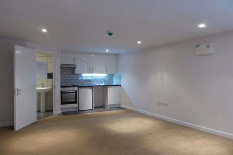 Studio to rent - Osmond road - P1316