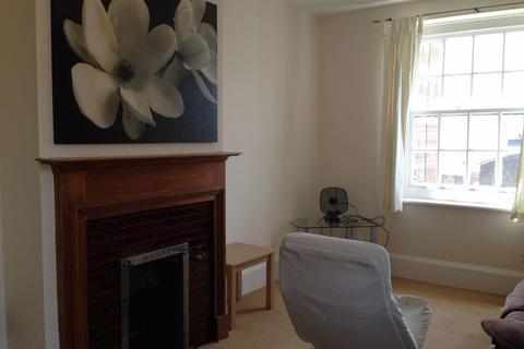 4 bedroom flat to rent - Carlton Hill - P1411