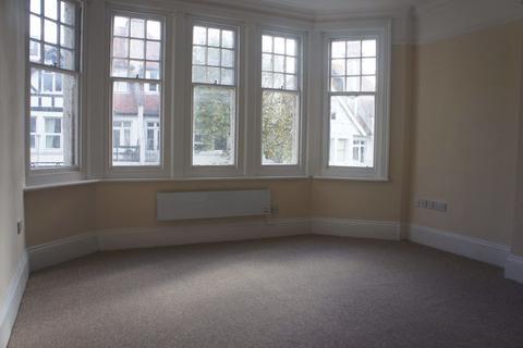 Studio to rent - York Avenue - P1038