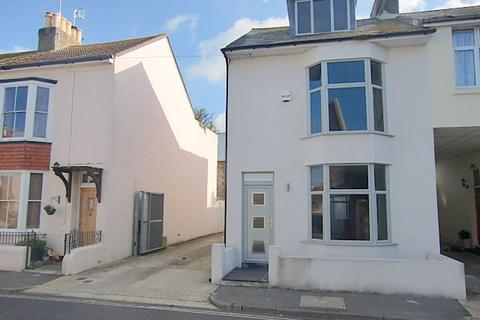 2 bedroom house to rent - Worthing