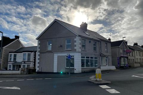 Office to rent - Alexandra Road, St. Austell