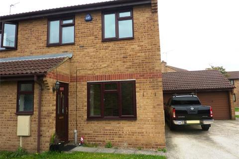 3 bedroom semi-detached house to rent - Argles Close, Worcester Park, Greenhithe, DA9