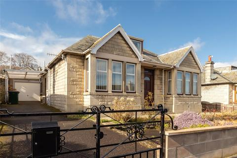 4 bedroom detached house for sale - 17 Pitheavlis Terrace, Perth, Perth and Kinross, PH2