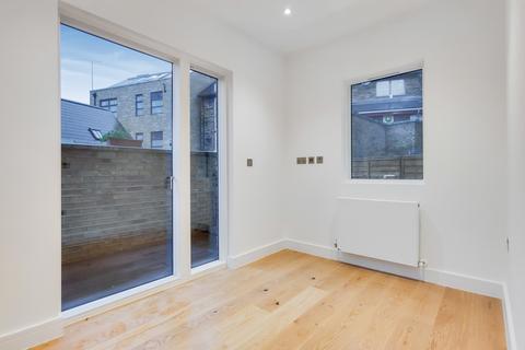 3 bedroom flat for sale - Deptford Broadway, London, SE8
