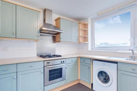 1 bedroom apartment to rent - Maskell Road London SW17