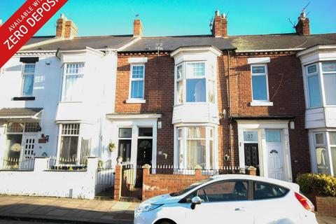 3 bedroom flat to rent - Aston Street, South Shields
