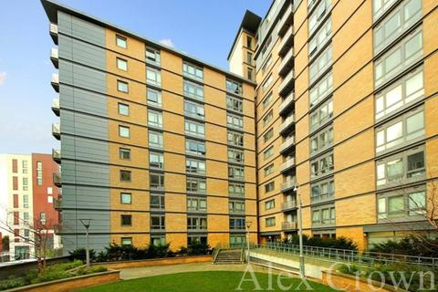 1 bedroom apartment for sale - Trentham Court, Victoria Road, Acton