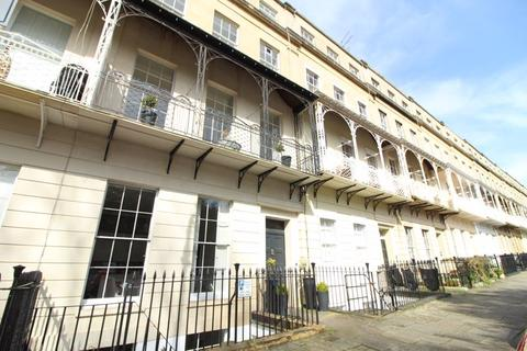 2 bedroom apartment to rent - West Mall, Clifton, Bristol, BS8 4BG