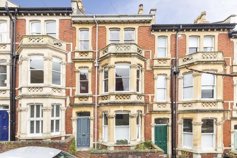 4 bedroom terraced house for sale - Granby Hill, Clifton