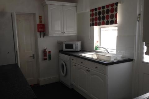4 bedroom house to rent - West Street, Chester, CH2