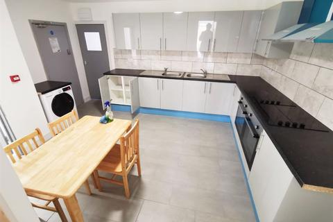 Studio to rent - Harrow, HA2
