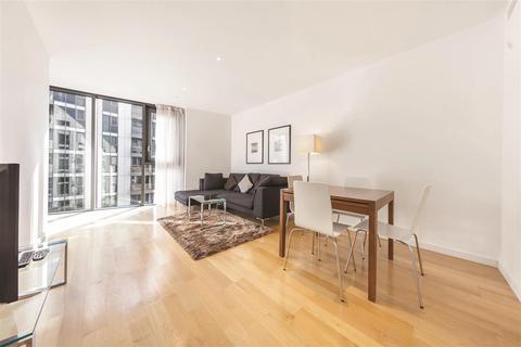 2 bedroom flat for sale - Eastfields Avenue, SW18