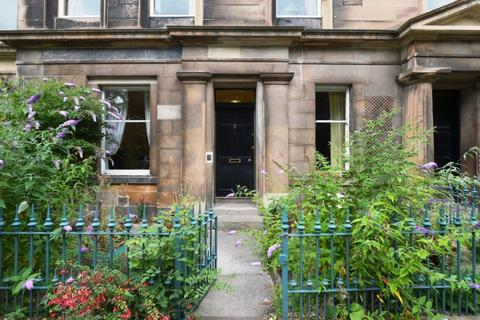 3 bedroom flat to rent - Hillside Crescent, Hillside, Edinburgh, EH7 5EB