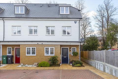 3 bedroom townhouse for sale - Frigenti Place, Maidstone