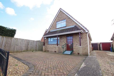 3 bedroom detached bungalow for sale - Acklam Road, Hedon, Hull, East Yorkshire, HU12