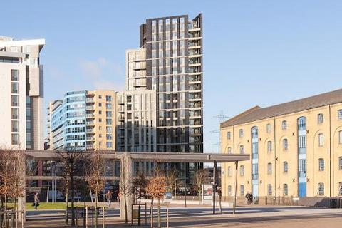 2 bedroom flat to rent - Royal Docks, West development, London, London, E16 2SU