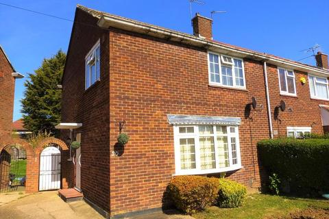 3 bedroom semi-detached house for sale - Owen Road, Hayes, Middlesex, UB4  9LB