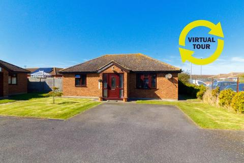 3 bedroom detached bungalow for sale - The Lilacs, Minster on Sea