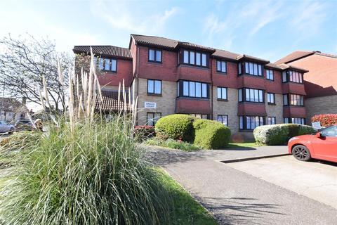 1 bedroom flat - Anglia Court, Spring Close, Dagenham