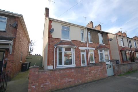 3 bedroom semi-detached house for sale - St. Andrews Avenue, Crewe