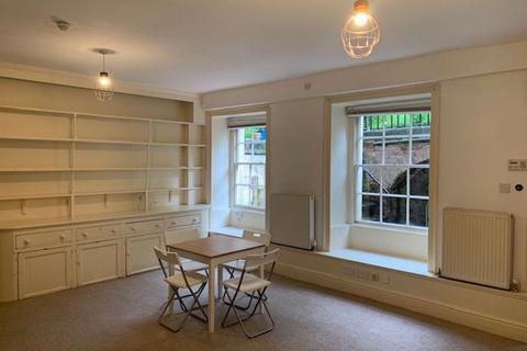 Studio to rent - Berkeley Square, Clifton