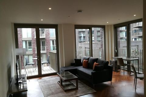2 bedroom flat for sale - Capital Building, Embassy Gardens, 5 New Union Square, Nine Elms, London SW11