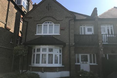 2 bedroom flat to rent - Mount Adon Park, Dulwich, SE22