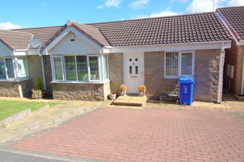 2 bedroom bungalow to rent - Clive Gardens, Alnwick, Northumberland, NE66 1NH