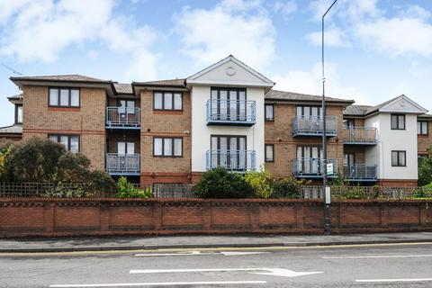 2 bedroom apartment to rent - Forlease Road,  Maidenhead,  SL6