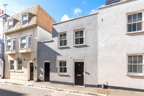 2 bedroom terraced house to rent - Steine Street, Brighton, East Sussex, BN2