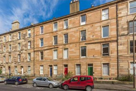 3 bedroom flat to rent - Oxford Street, Newington, Edinburgh, EH8