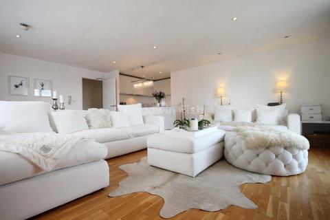 2 bedroom apartment for sale - The Base, 12 Arundel Street, Castlefield