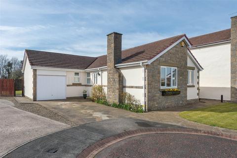 4 bedroom bungalow for sale - Harwood Drive, Simonside Park, Killingworth, NE12